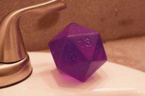 """Ecco, con questo si che vi viene un bel """"gioco di ruolo"""" sotto la doccia..."""