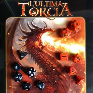 ultima-torcia-cover-e-dadi